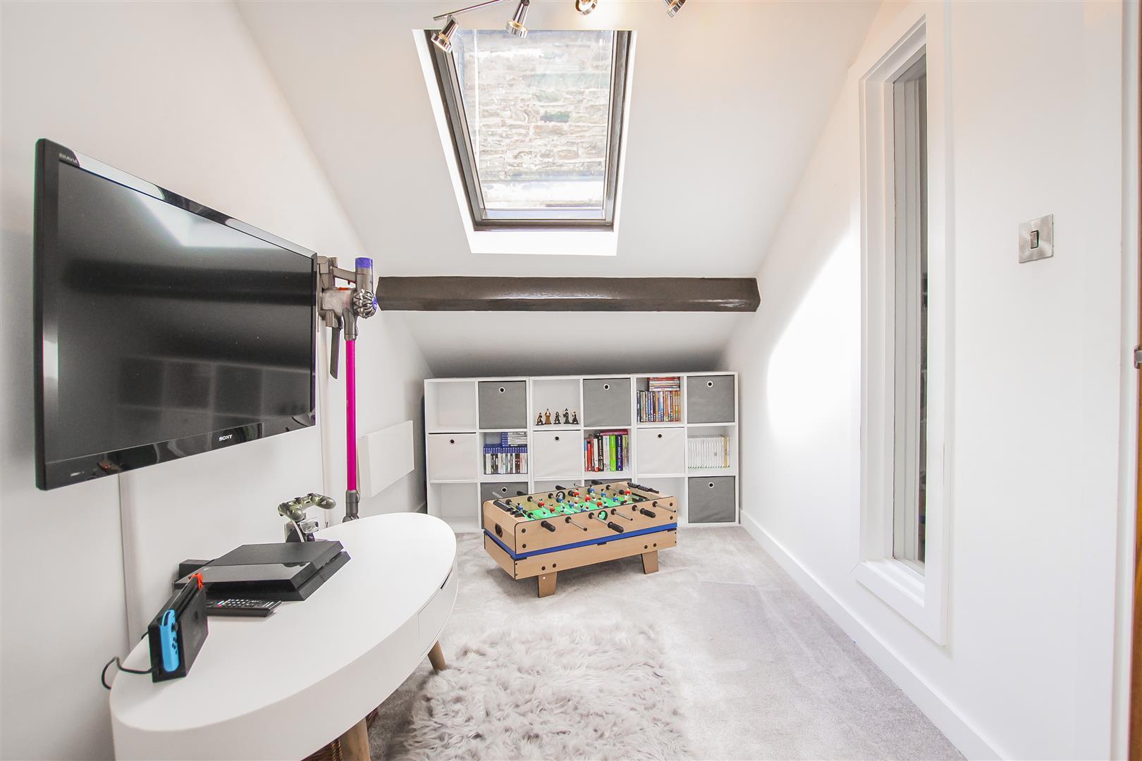 3 Bedroom Duplex Apartment For Sale - Image 45